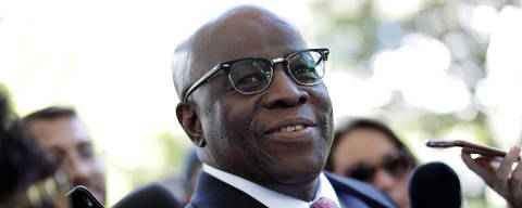 Joaquim Barbosa, former Chief Justice in Brazil, is seen before a meeting with PSB Election Commission in Brasilia, Brazil April 19, 2018. REUTERS/Ueslei Marcelino ORG XMIT: UMS1