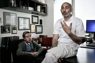 Francês é primeiro no mundo a receber dois transplantes faciais completos