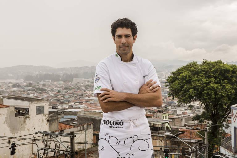 Rodrigo Oliveira com a cidade ao fundo