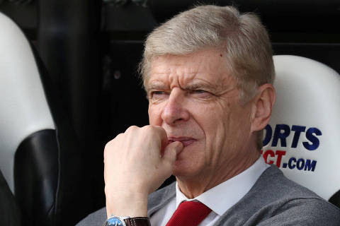 FILE PHOTO: Soccer Football - Premier League - Newcastle United vs Arsenal - St James' Park, Newcastle, Britain - April 15, 2018   Arsenal manager Arsene Wenger before the match    REUTERS/Scott Heppell/File Photo    EDITORIAL USE ONLY. No use with unauthorized audio, video, data, fixture lists, club/league logos or