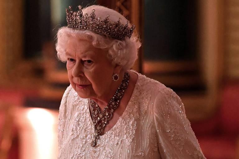 Rainha Elizabeth 2ª em jantar durante encontro da Commonwealth (associação de países ligados historicamente à Coroa)