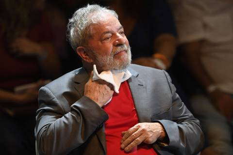 (FILES) In this file photo taken on April 02, 2018 Former Brazilian president (2003-2011) Luiz Inacio Lula da Silva attends a rally of Brazilian leftist parties at Circo Voador in Rio de Janeiro, Brazil.