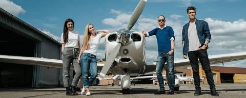 Foto de divulgação da startup Wingly, que conecta passageiro e piloto