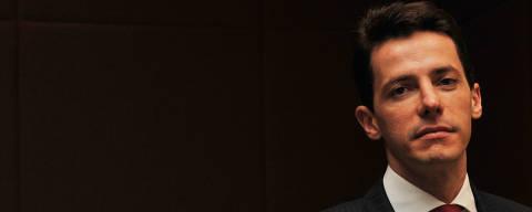 SÃO PAULO, SP, BRASIL,--20-12-2010, 11h00 : Retrato de Rodrigo Galindo - Diretor de Ensino Superior da Kroton Educacional . Galindo será o novo presidente da companhia.(Foto: Karime Xavier/ Folhapress.( MERCADO ABERTO ).***EXCLUSIVO***
