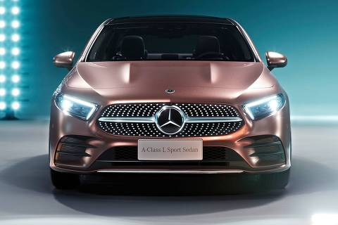 Mercedes Apresenta em Pequim a versão sedã do Classe A