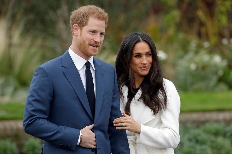 O príncipe Harry e a noiva, Meghan Markle, no Palácio de Kensington