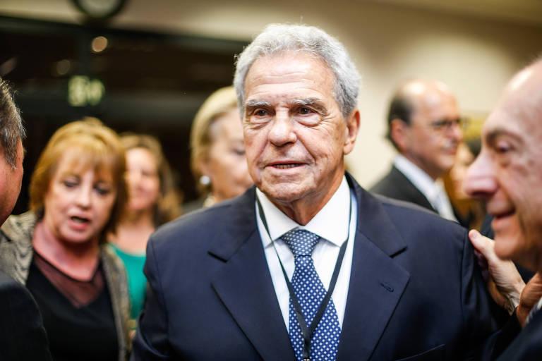 Alencar Burti,  presidente da Associação Comercial de São Paulo, em evento em 2016