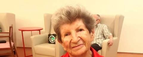 Janina Landau Schlesinger (1924-2018)