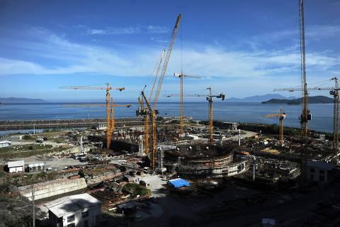 Foco de denúncias, usina de Angra 3 é prioritária para Bolsonaro
