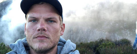 Swedish musician, DJ, remixer and record producer Avicii (Tim Bergling) takes a selfie on Table Mountain, South Africa in this picture obtained from social media January 11, 2018. Instagram/Avicii via REUTERS     THIS IMAGE HAS BEEN SUPPLIED BY A THIRD PARTY. MANDATORY CREDIT. NO RESALES. NO ARCHIVES ORG XMIT: ENT04
