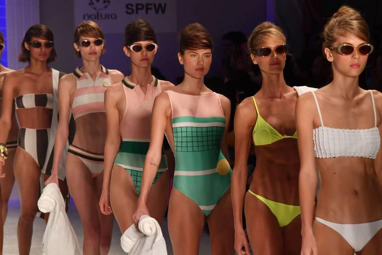 Desfile da marca de biquínis Salinas, durante a São Paulo Fashion Week