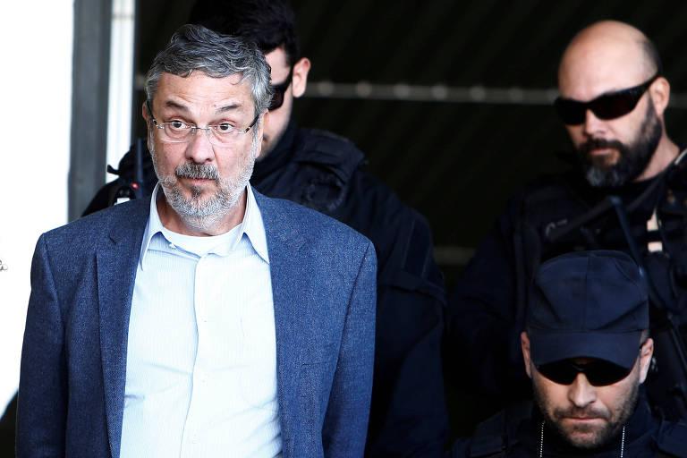 O ex-ministro Antonio Palocci, ao ser preso pela Operação Lava Jato