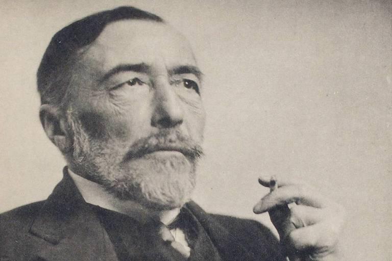 Joseph Conrad em retrato feito em 1916 NYPL Digital Gallery