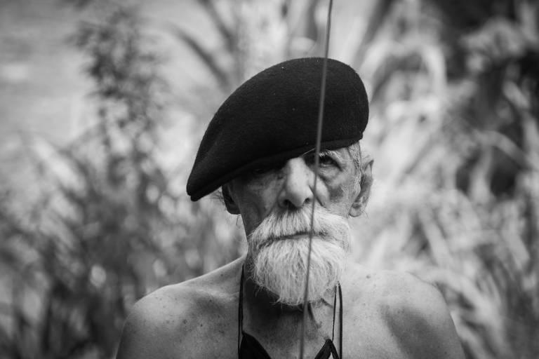 """Rogério Duarte, retratatado no documentário """"Tropikaoslista"""""""