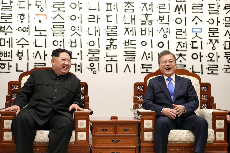 Kim Jong-un cruza divisa para cúpula com sul-coreano