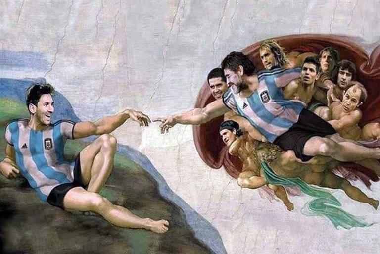 O torcedor de futebol argentino recriou a Capela Sistina no teto de sua academia