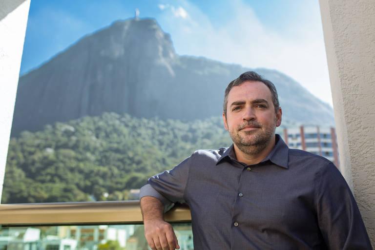 Fernando Manuel Pinto é quem negocia pay-per-view com os clubes