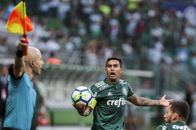 O capitão Dudu em lance da partida em que o Palmeiras empatou em 0 a 0 com a Chapecoense