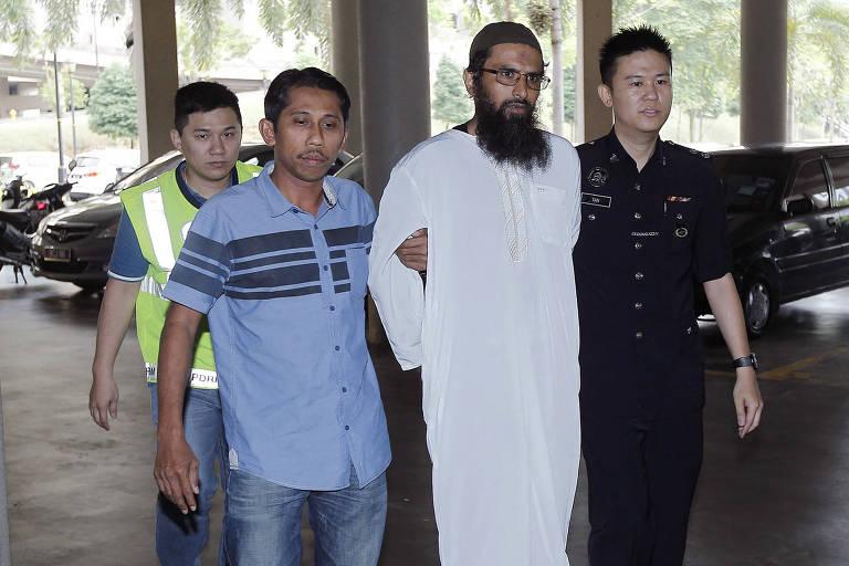 Malásia condena primeira pessoa por publicar fake news