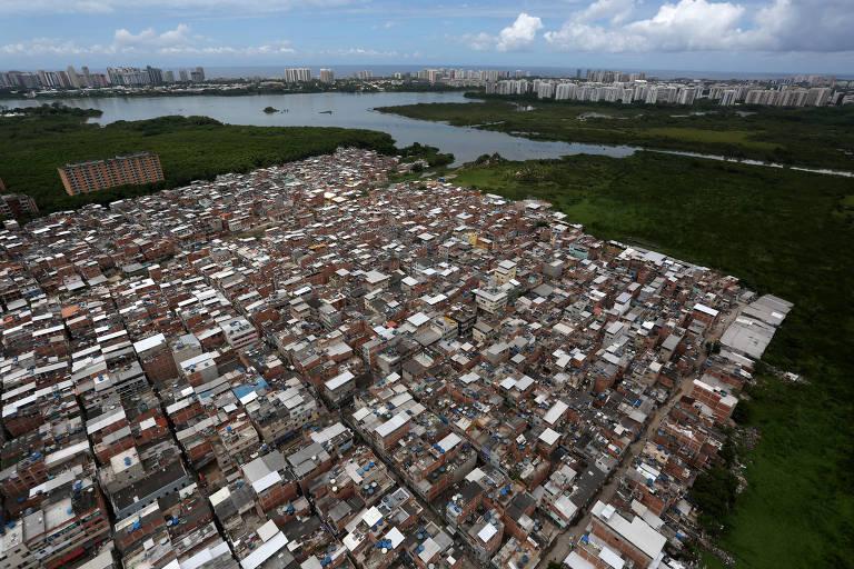 Comunidade de Rio da Pedra, na zona oeste do Rio de Janeiro, onde milícias têm expandido sua ação