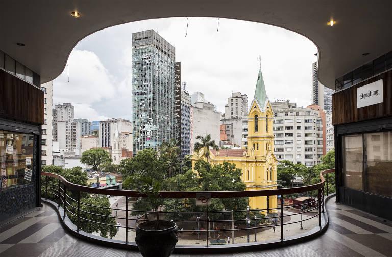 Prédio que desabou no centro de São Paulo