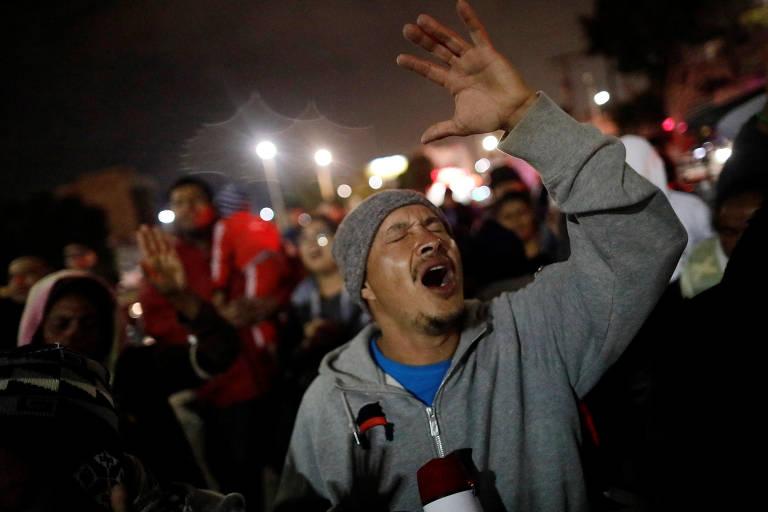 Caravana de migrantes da América Central chega aos EUA