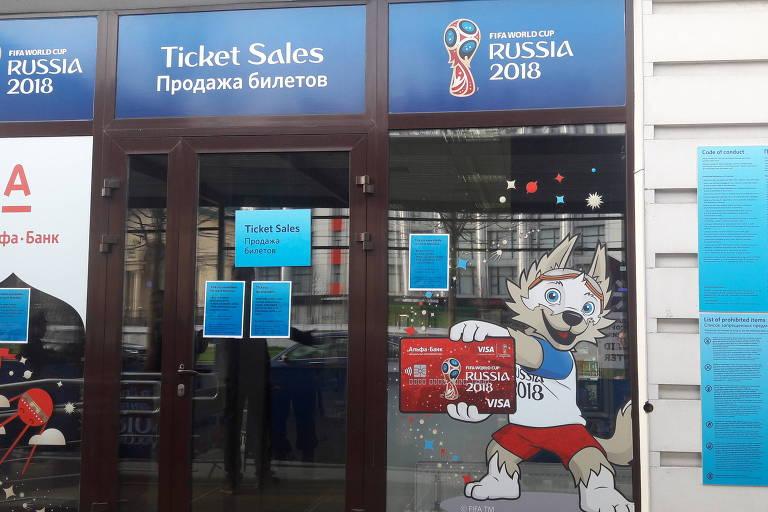 Posto de ingressos para a Copa do Mundo em Moscou, onde os russos podem comprar as entradas para o torneio