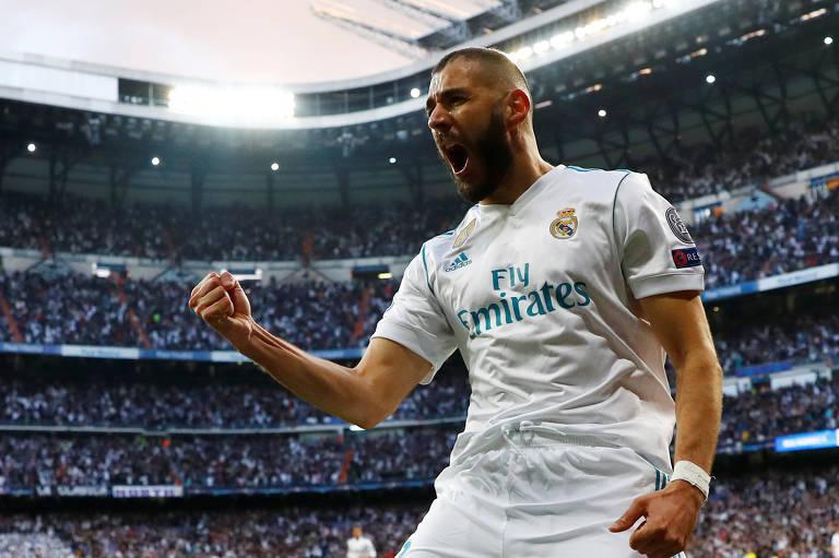 Benzema comemora o gol de empate do Real Madrid