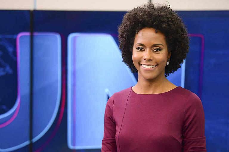 A jornalista Maria Júlia Coutinho apresenta a previsão do tempo no Jornal Nacional (Globo)