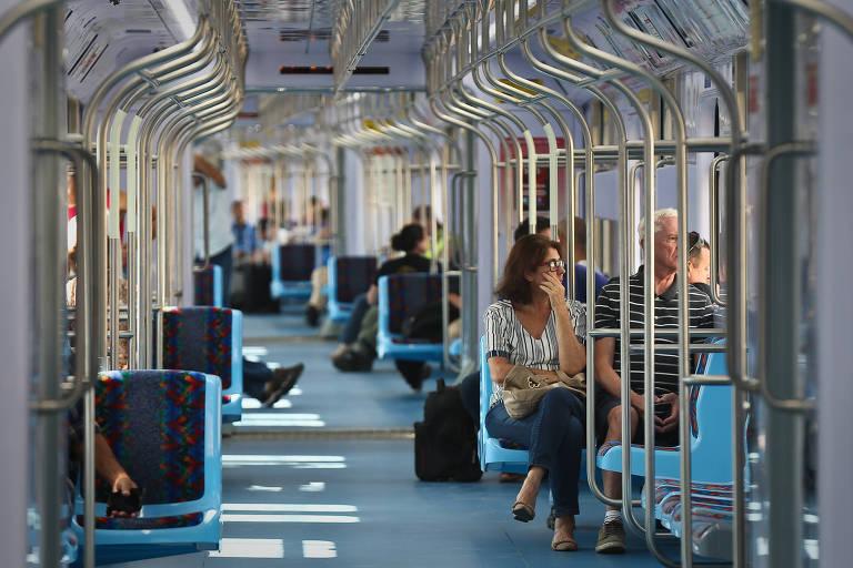 Trem de Guarulhos a SP tem baixa adesão