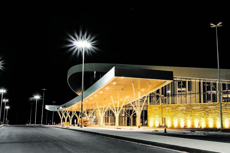 Aeroporto de Nacala, em Moçambique, obra financiada pelo BNDES