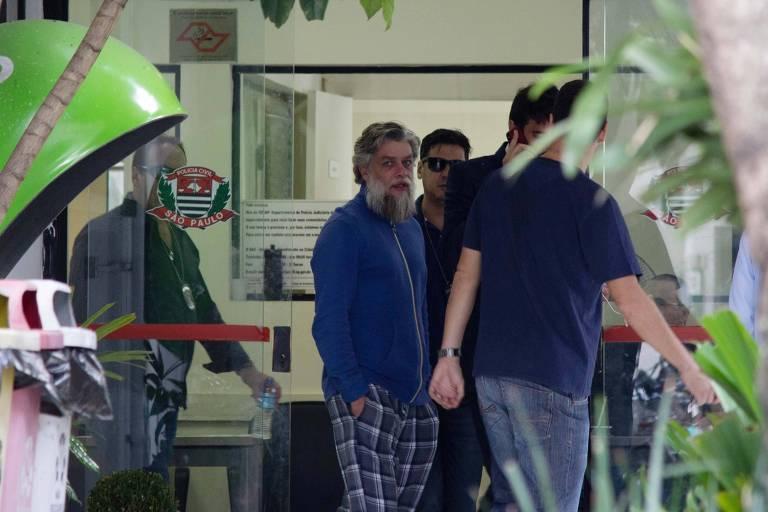 O ator Fábio Assunção é detido e levado para 78° DP de São Paulo