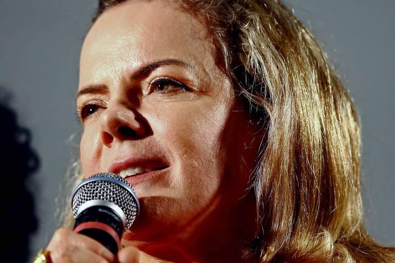 A senadora Gleisi Hoffmann (PT-PR), que preside o Partido dos Trabalhadores