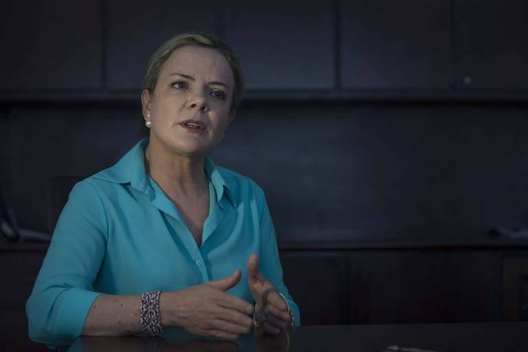 A presidente nacional do PT, a senadora Gleisi Hoffmann, durante entrevista em São Paulo