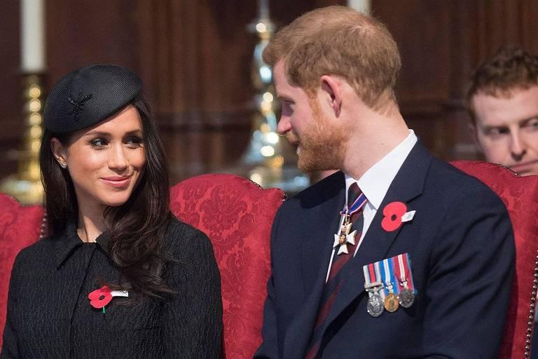 Meghan Markle e o príncipe Harry em cerimônia na Abadia de Westminster em Londres