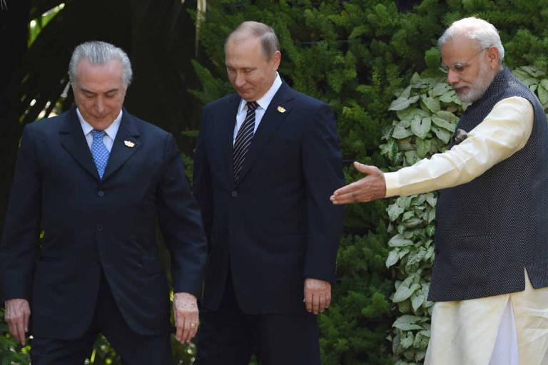 Michel Temer, Putin e o indiano Narendra Modi, em encontro em 2016