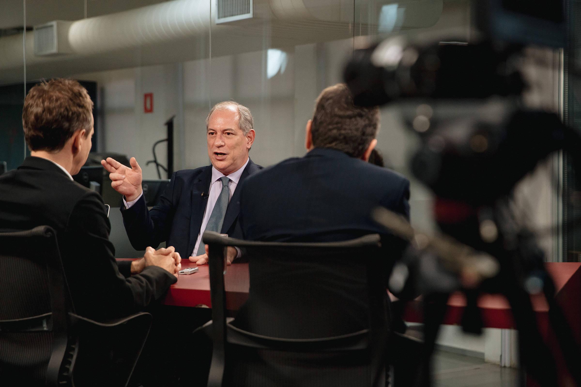 Ciro Gomes, pré-candidato à presidência pelo PDT, em entrevista na Redação da Folha