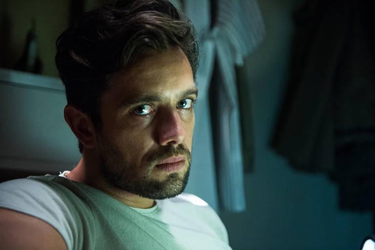 Rafael Cardoso como Renato de 'O Outro Lado do Paraíso' (Globo)