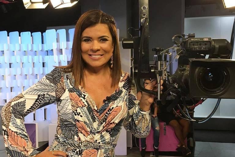 Mara Maravilha, apresentadora do Fofocalizando (SBT)