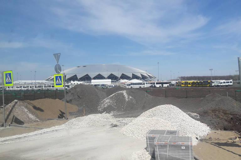 Entorno do estádio de Samara, que será uma das sedes da Copa do Mundo na Rússia