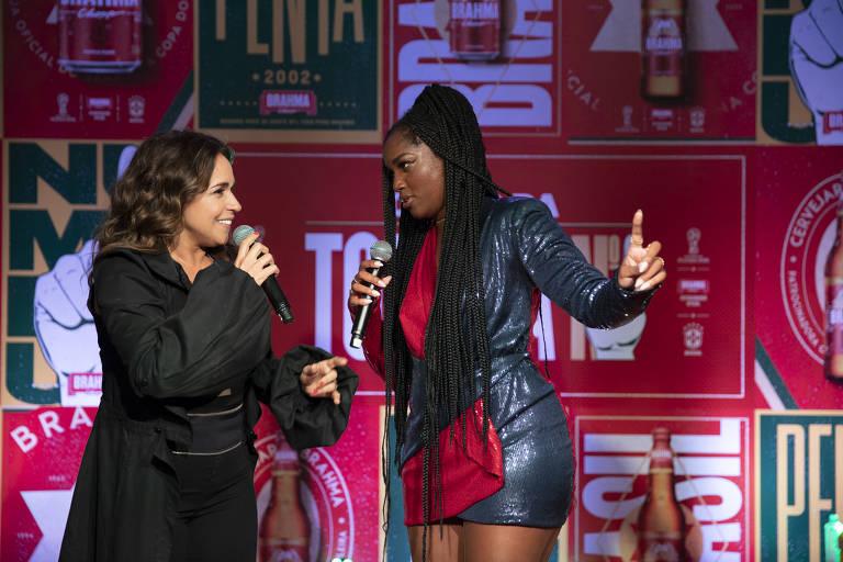 Daniela Mercury e Iza regravam jingle da Copa de 94 para Mundial da Rússia