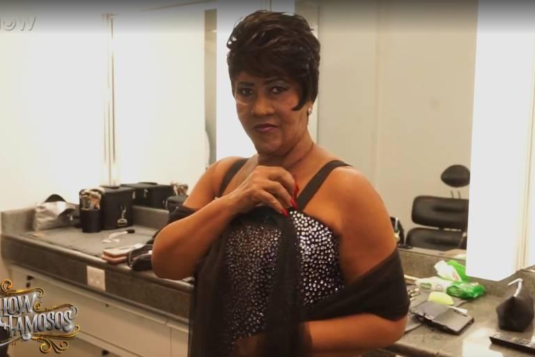 Sandra de Sá caracterizada como Aretha Franklin para apresentação no Show dos Famosos, quadro do Domingão do Faustão (Globo)