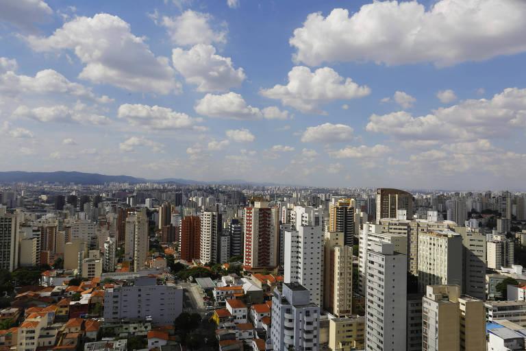 Vista de prédios no bairro de Perdizes, zona oeste de São Paulo