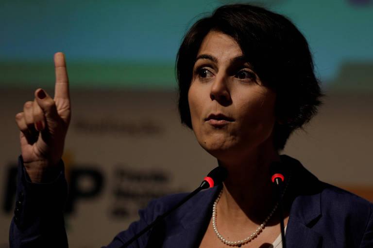 A pré-candidata Manuela D'Ávila (PC do B), que afirmou não mudar nada com a desistência de Barbosa