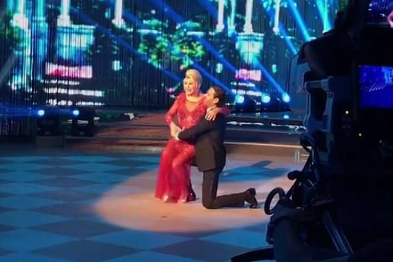 Ivana Trump é convidada especial em reality show italiano de dança