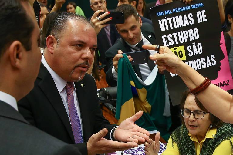 O deputado Flavinho (PSC-SP), que assina o relatório sobre o Escola Sem Partido