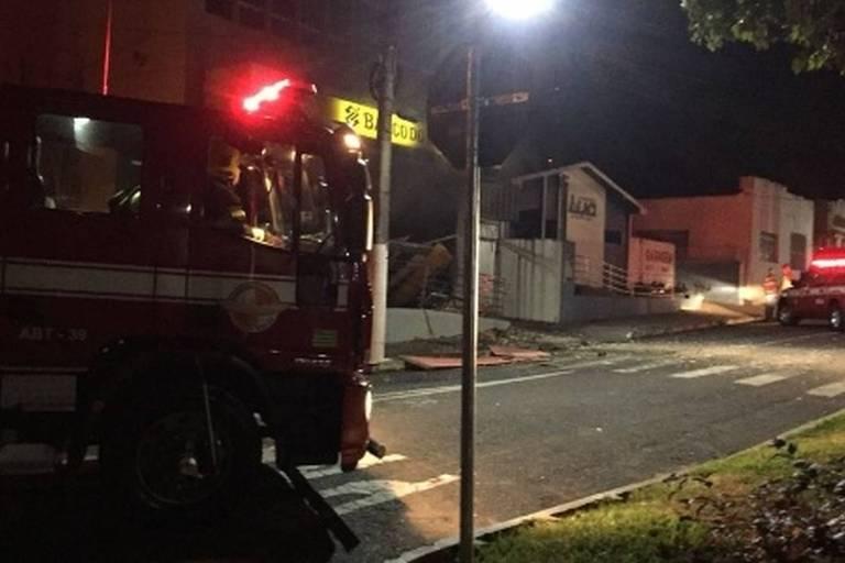Agência do Banco do Brasil fica destruída após ação de bandidos em Ipameri (GO)