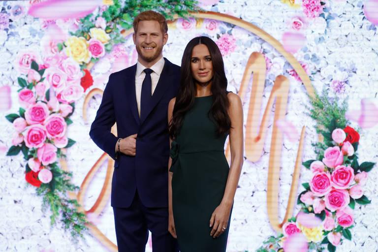 Príncipe Harry e sua noiva, Meghan Markle em suas versões de cera no Madame Tussauds em London