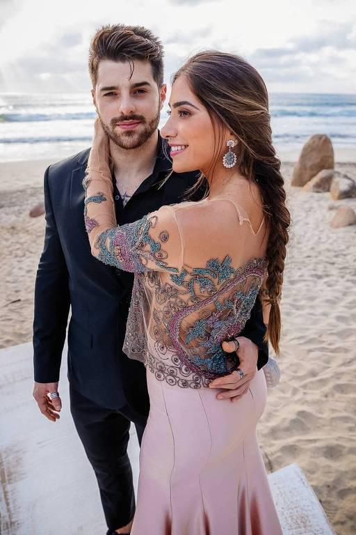 Dj Alok com a namorada Romana Novais