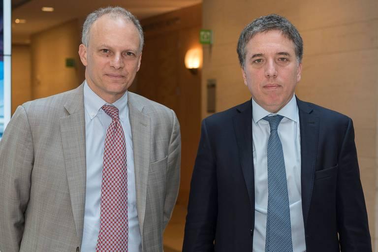Alejandro Werner, diretor para o Hemisfério Ocidental do FMI, e Nicolás Dujovne, ministro da Fazenda da Argentina, nesta quarta (9), em Washington